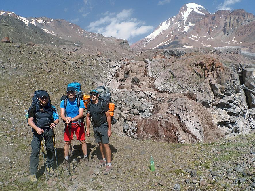 Tuż przy lodowcu Gergeti